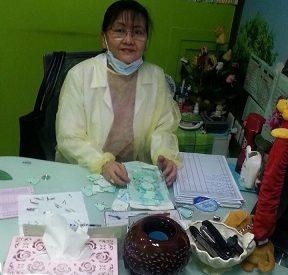 Dr. Annie Santos (De...